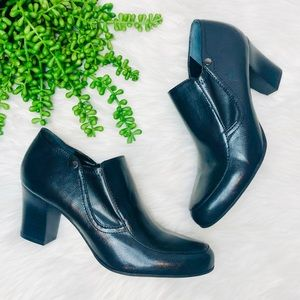 Franco Sarto• Renada Black Faux Leather Booties